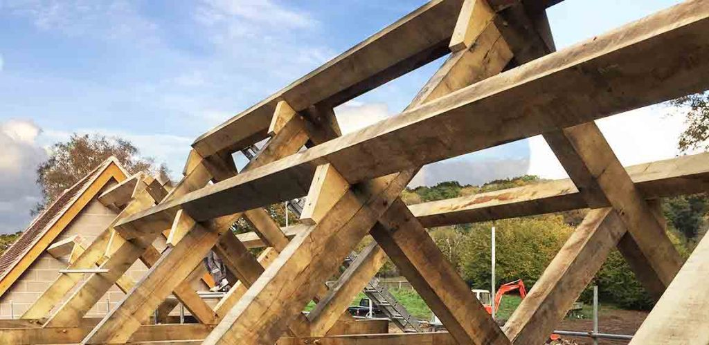 PWH Building new oak truss in New Forest barn renovation