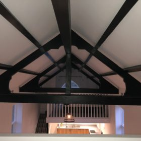 Chapel conversion oak truss